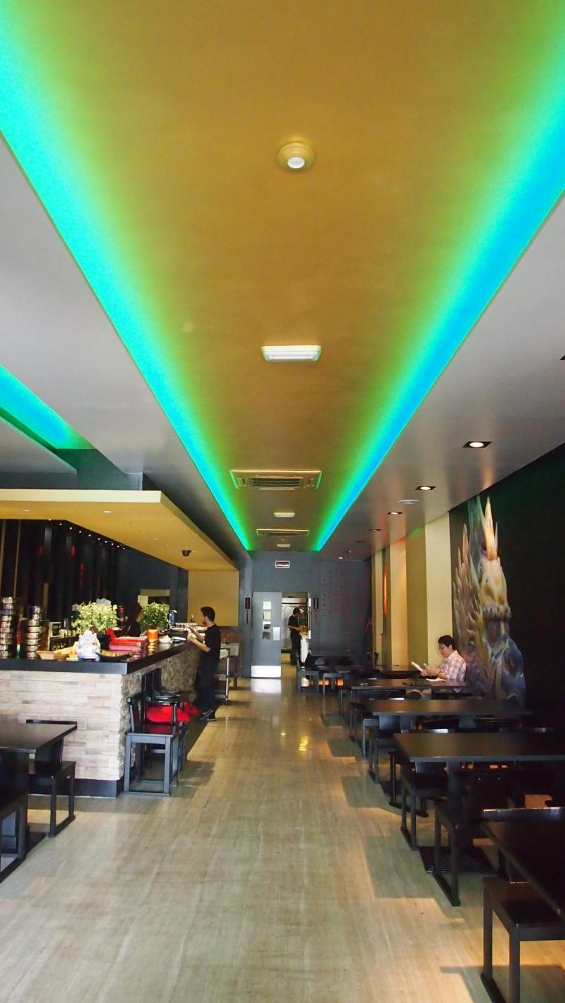 Interior restaurante Kirin